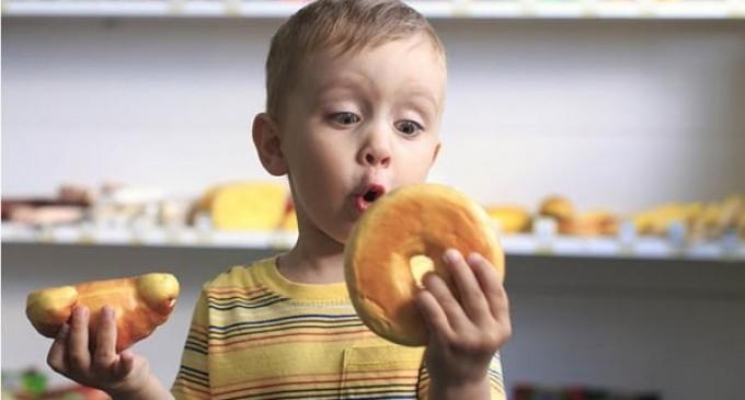 Il cibo è una droga: ecco i cinque alimenti che creano dipendenza