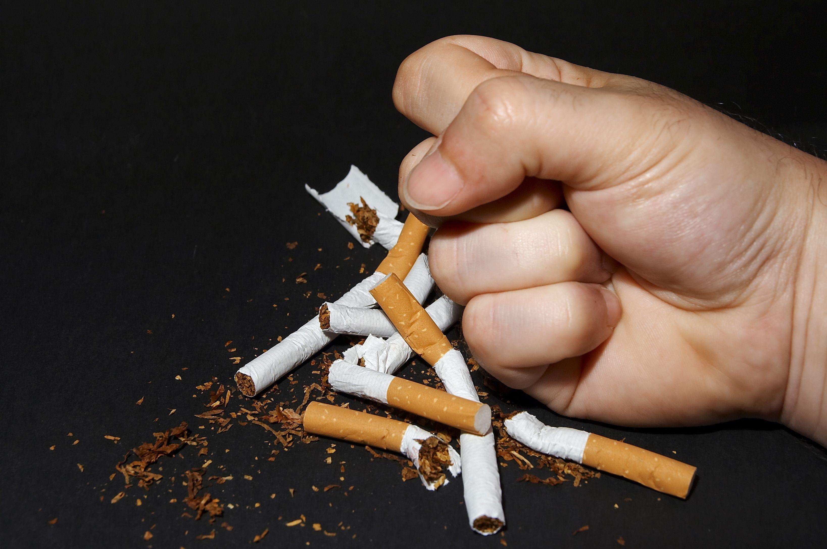 Bruscamente cessato per fumare